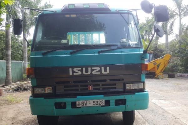Isuzu Ten Wheel 1989