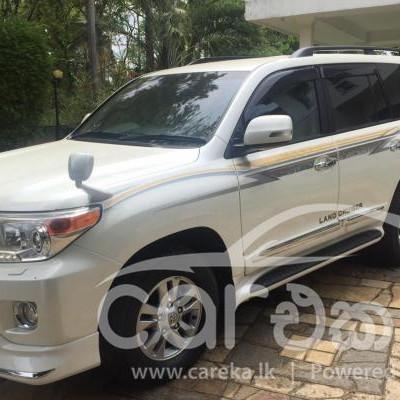 Toyota Land Cruiser Sahara V8 2013