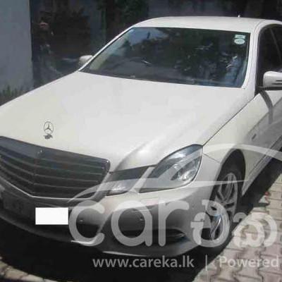 Mercedes Benz E200 2011